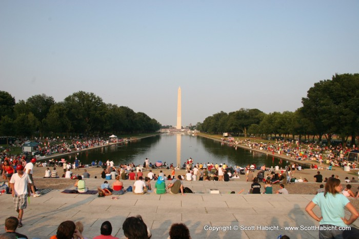 And made our way down to The Mall. Heading into DC on the fourth of July to see G-13, and lots of people were on hand to see the fireworks.