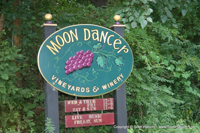 We headed up to PA one night to Moon Dancer winery.