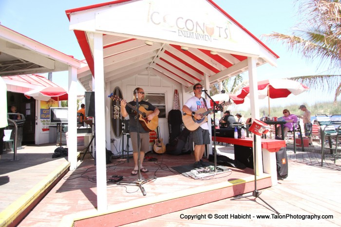Out first full day, and we headed to Coconuts to catch Darin playing music.